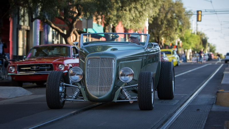 30-Rodders_4th_Ave_2017-3868